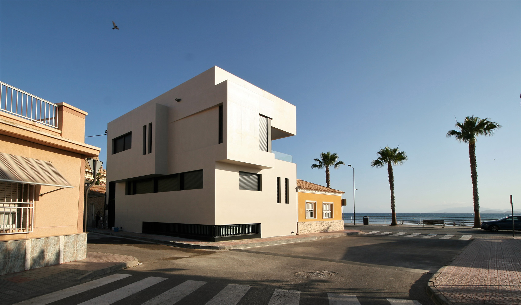 vivienda-fachada-moderna-playa